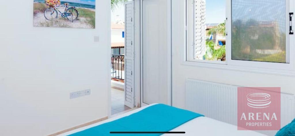4 Bed villa in Pernera - for sale - bedroom