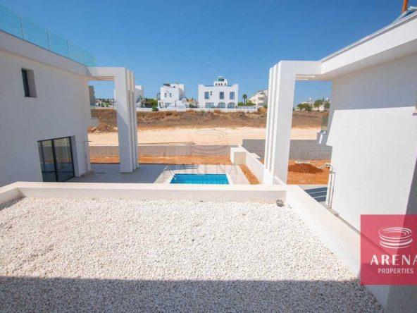 16-Modern-villa-in-Protaras-5751