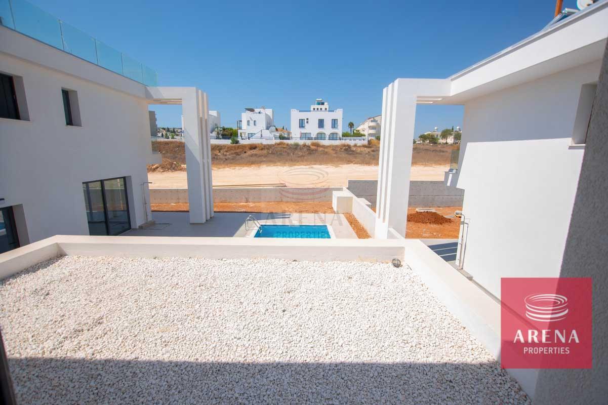 Modern Villa in Protaras - balcony