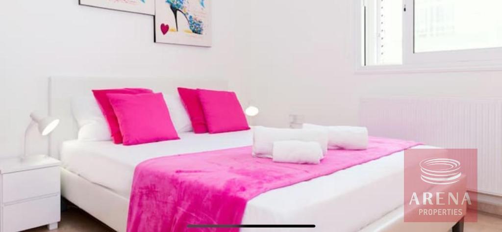 4 Bed villa in Pernera to buy - bedroom