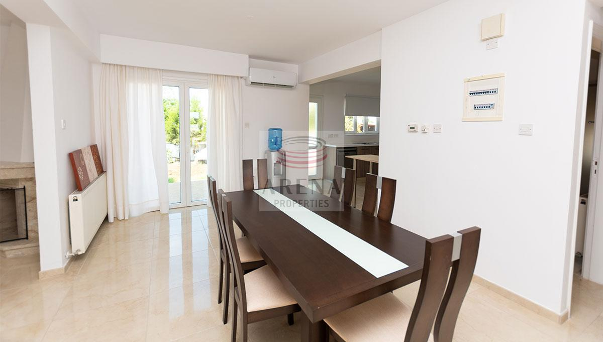 4 Bed Villa in Kokkines - dining area