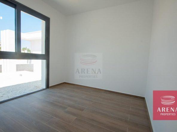 17-Modern-villa-in-Protaras-5751