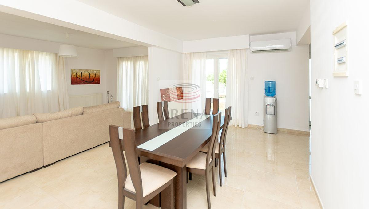 4 Bed Villa in Kokkines for sale - dining area