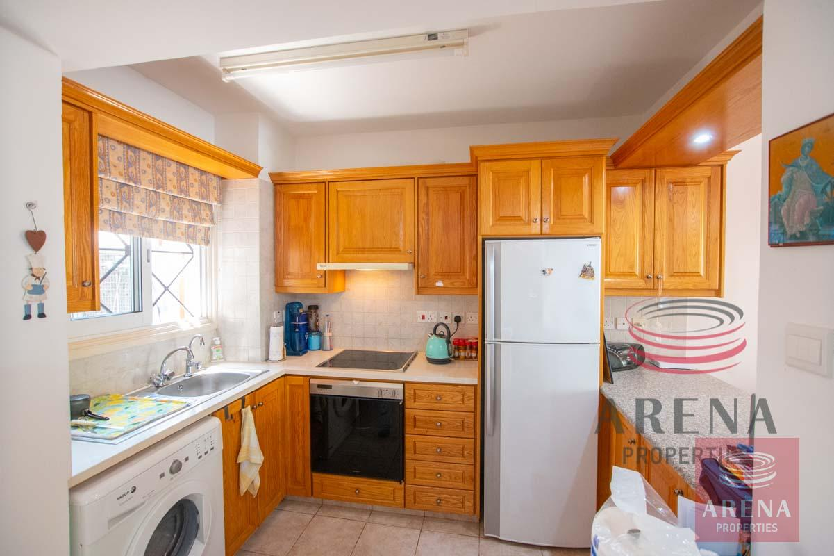 Link-Detached House in Kapparis for sale - kitchen