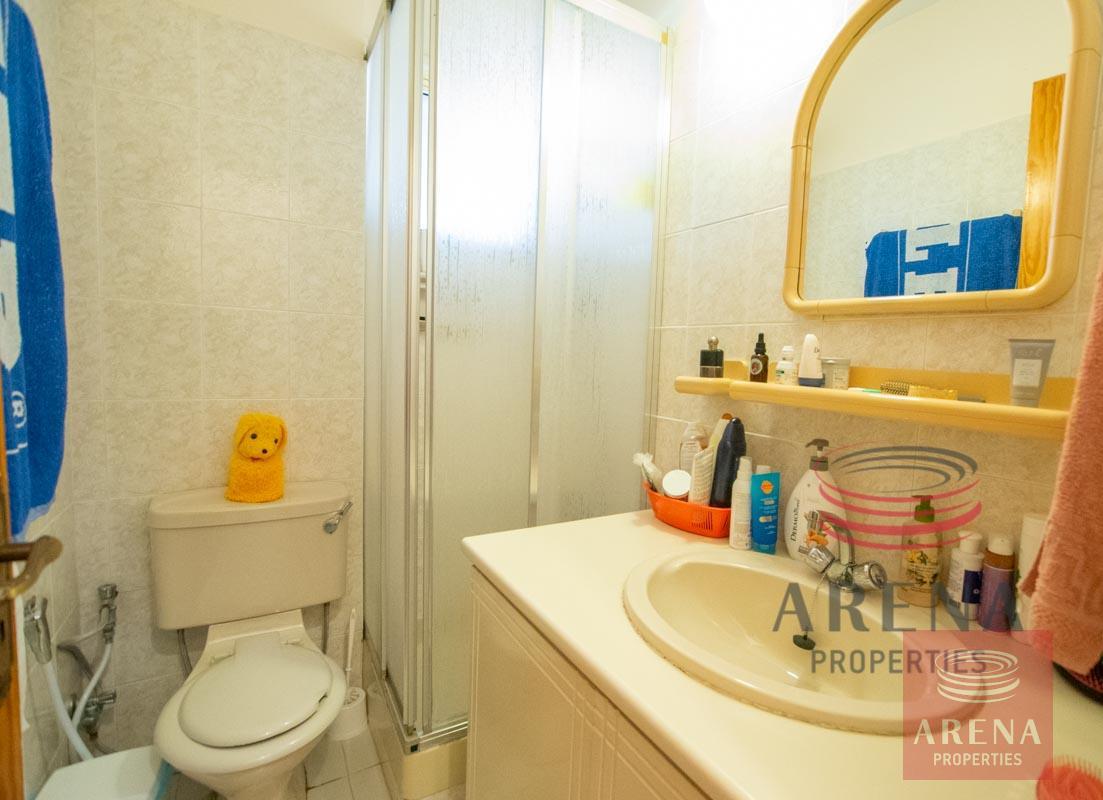 1st floor apt in Kapparis - bathroom