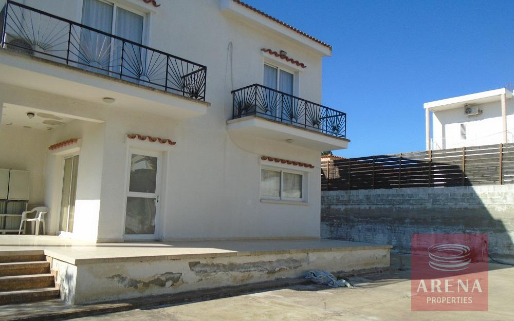 3 bed house in Pyrga for sale