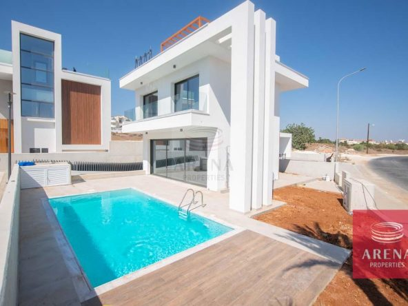 2-Modern-villa-in-Protaras-5751