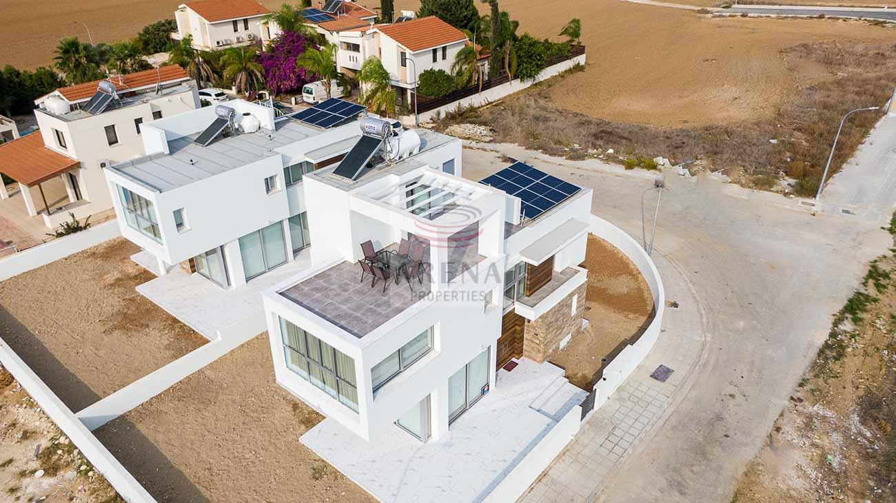 3 Bed New villa in Pyla for sale