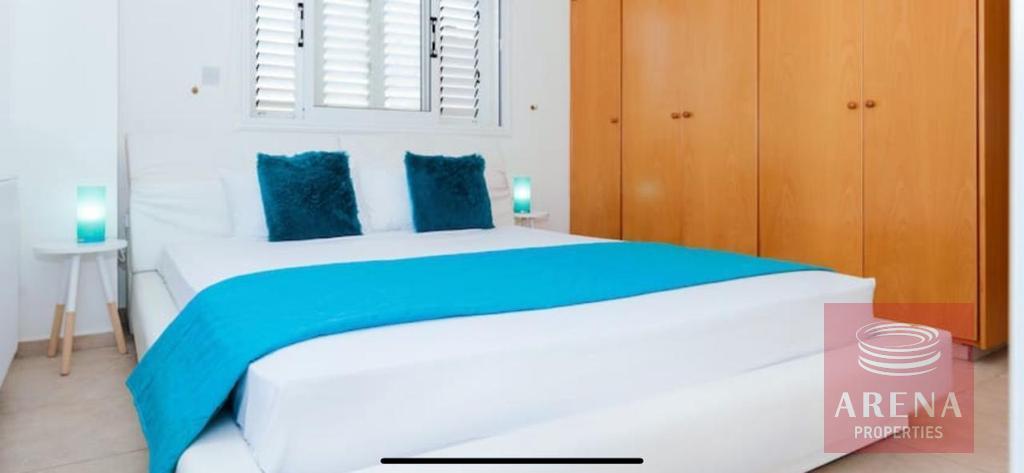 villa to buy in pernera - bedroom