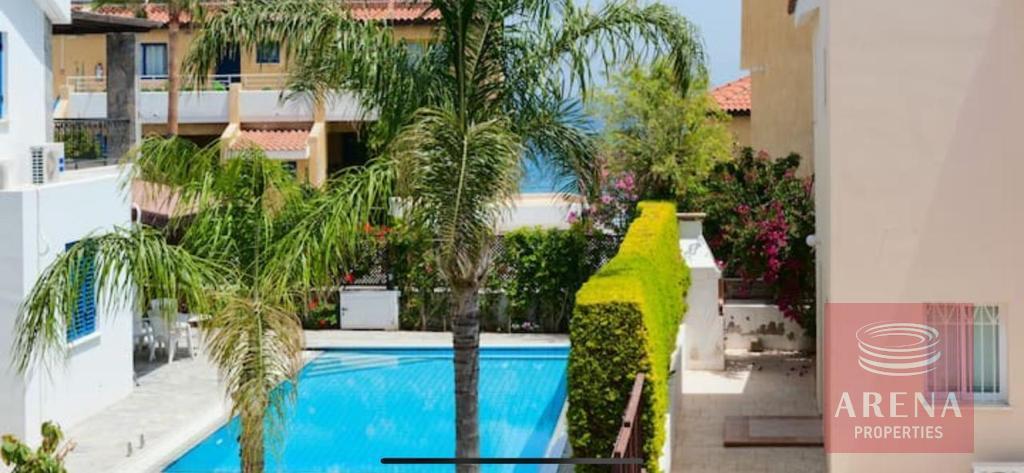 4 Bed villa in Pernera - pool