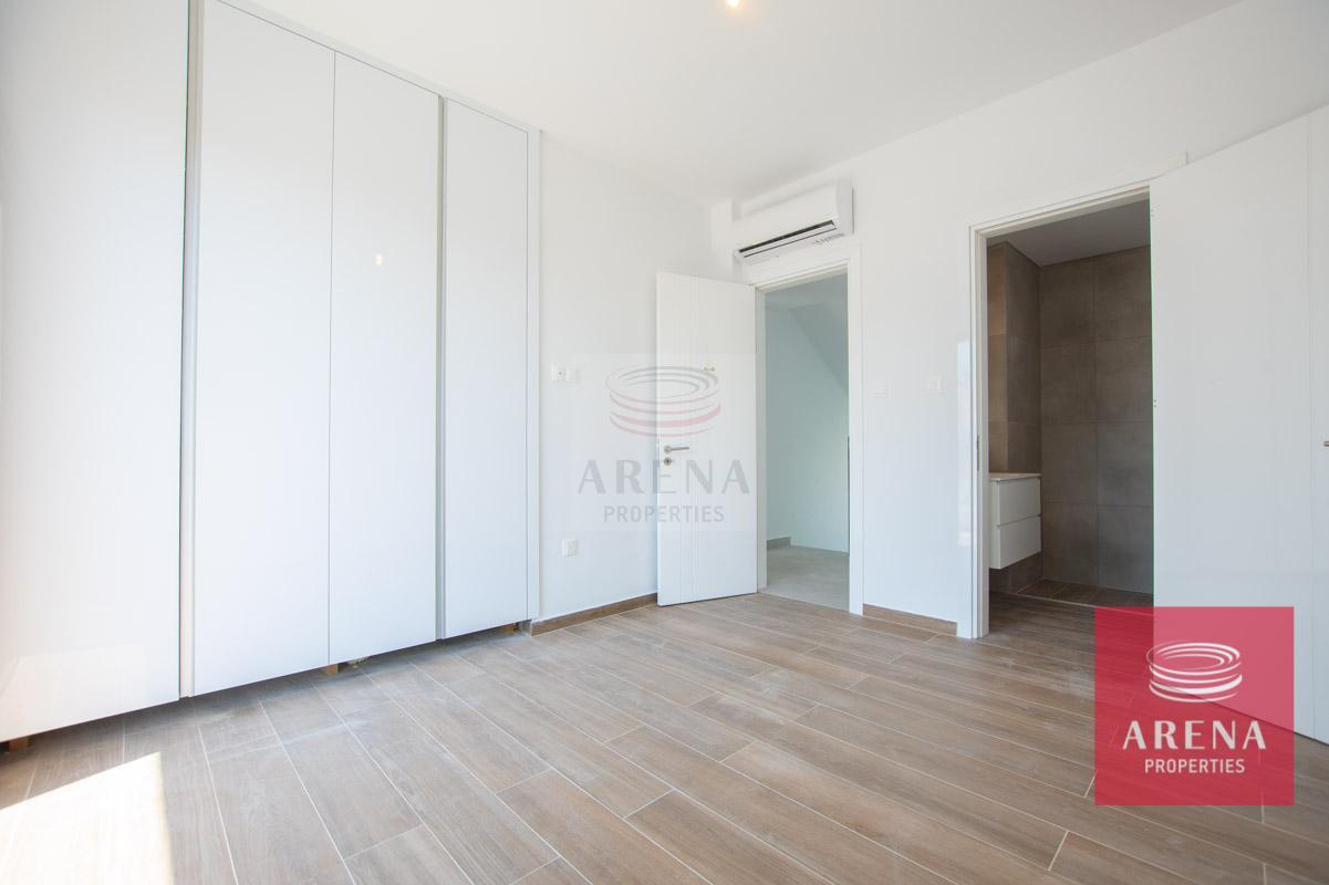 villa in Protaras for sale - bedroom