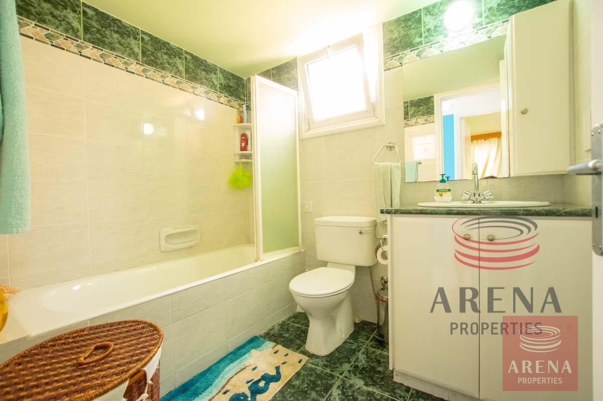 Link-Detached House in Kapparis - bathroom