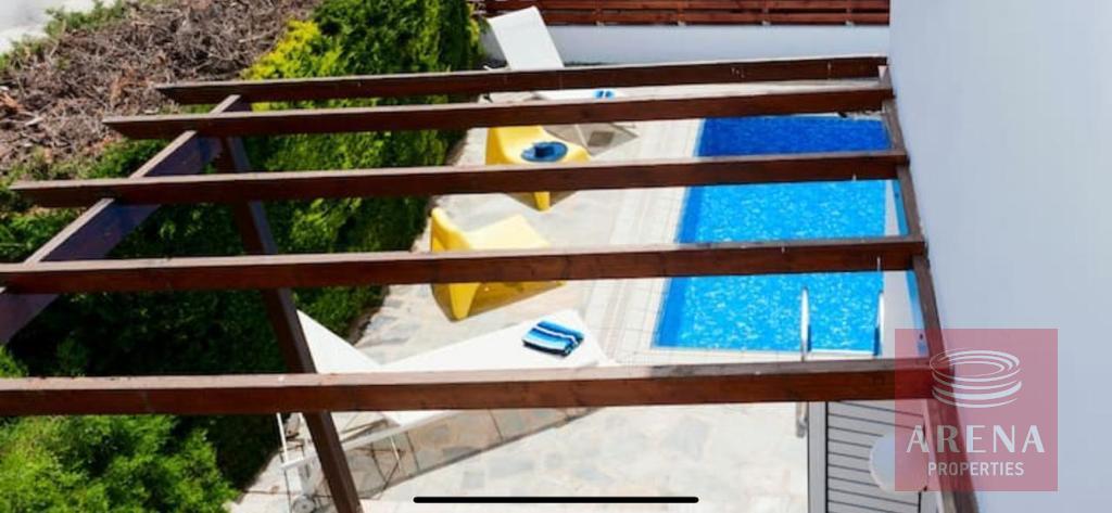 4 Bed villa in Pernera pool view