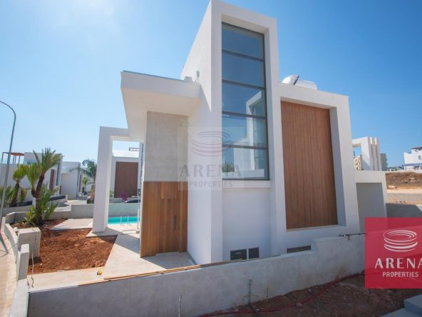 3-Modern-villa-in-Protaras-5751