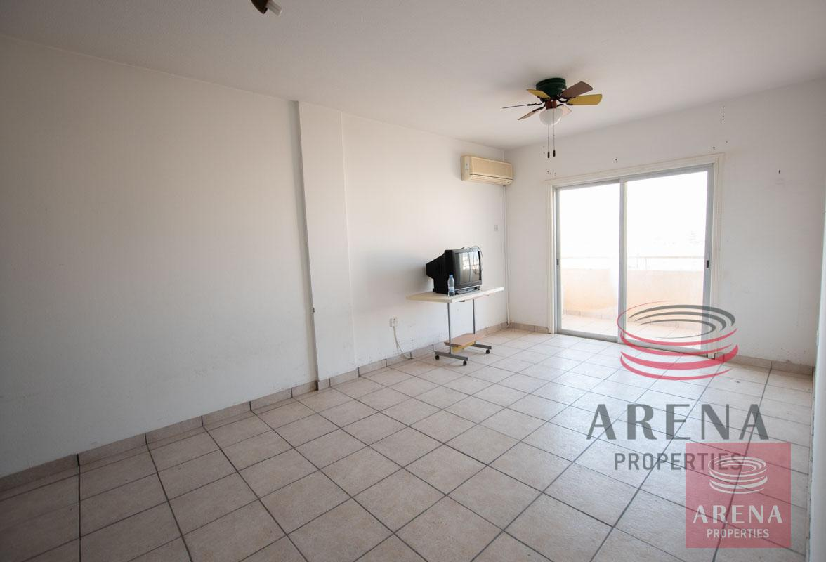 Flat in Paralimni for sale - living area