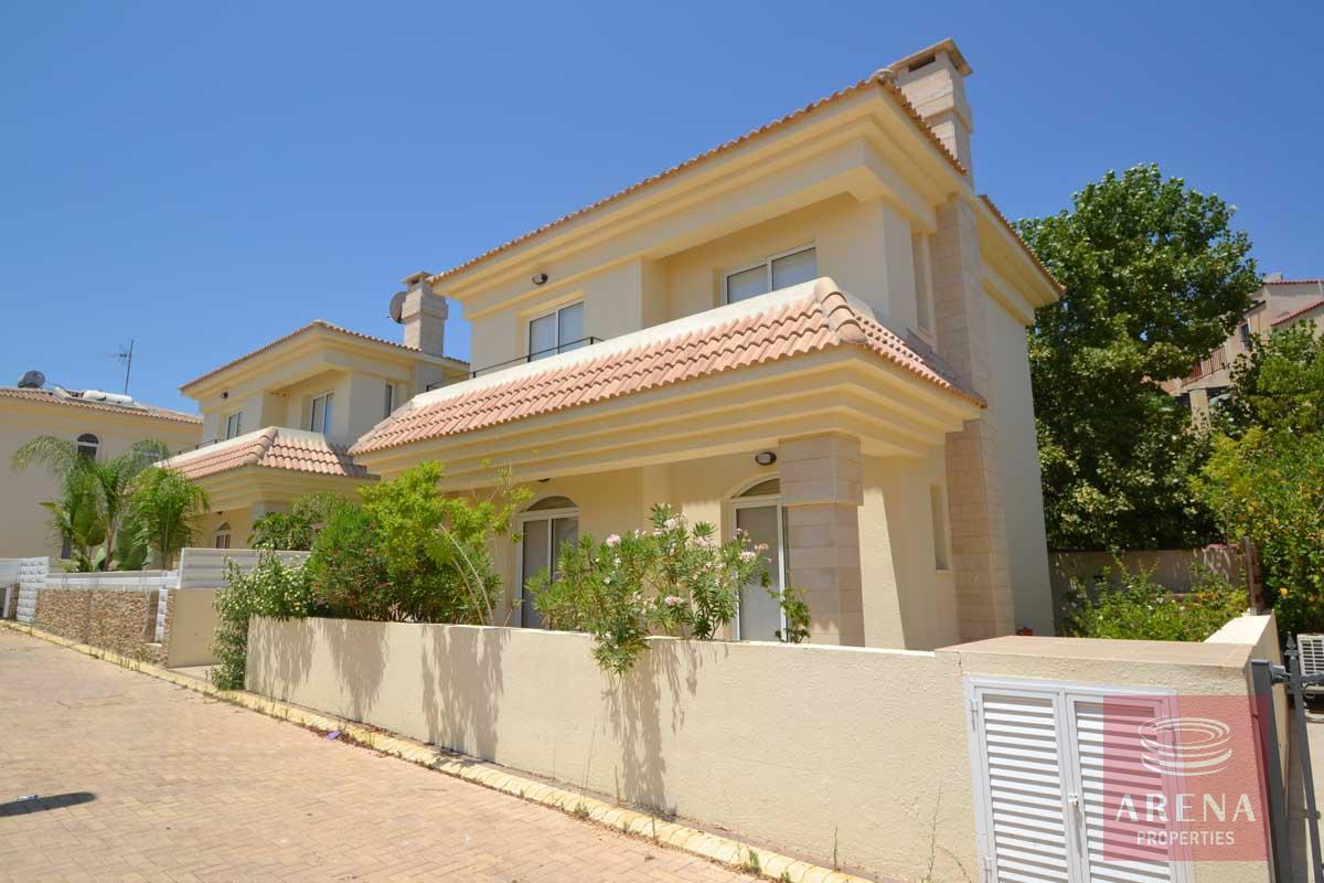 Buy villa in Kapparis