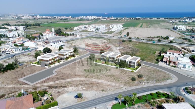 Buy New Villas in Livadia