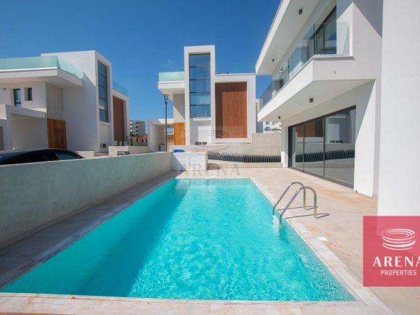 4-Modern-villa-in-Protaras-5751