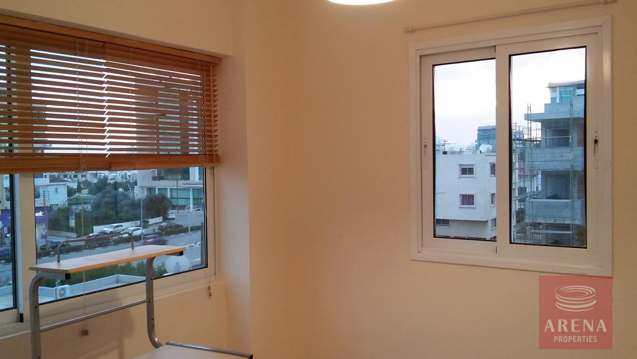 2 bed apt for rent in Larnaca - bedroom