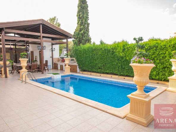 5-Villa-in-Paralimni-for-sale-5073