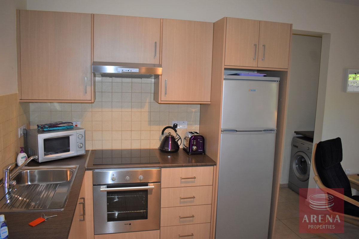 Resale apt in Kapparis - kitchen