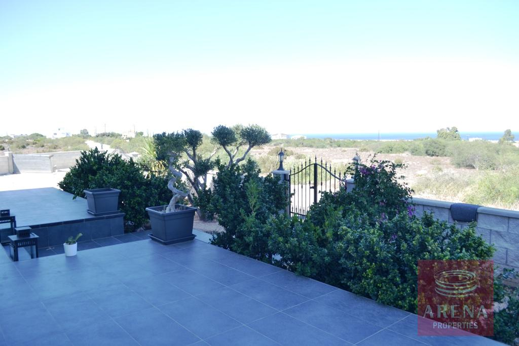 Villa in Protaras - veranda