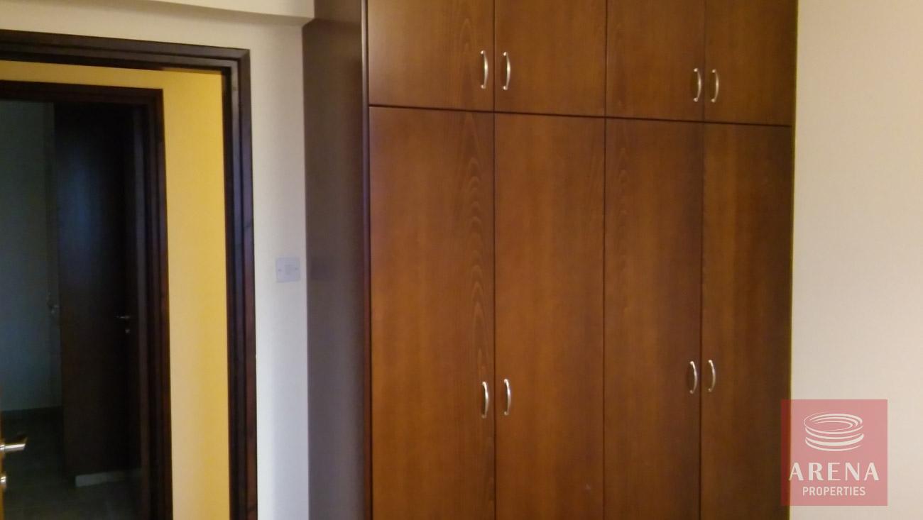 2 bed apt for rent in Larnaca bedroom