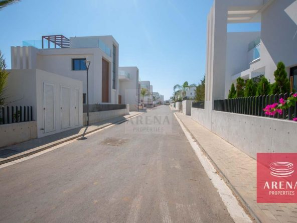 6-Modern-villa-in-Protaras-5751