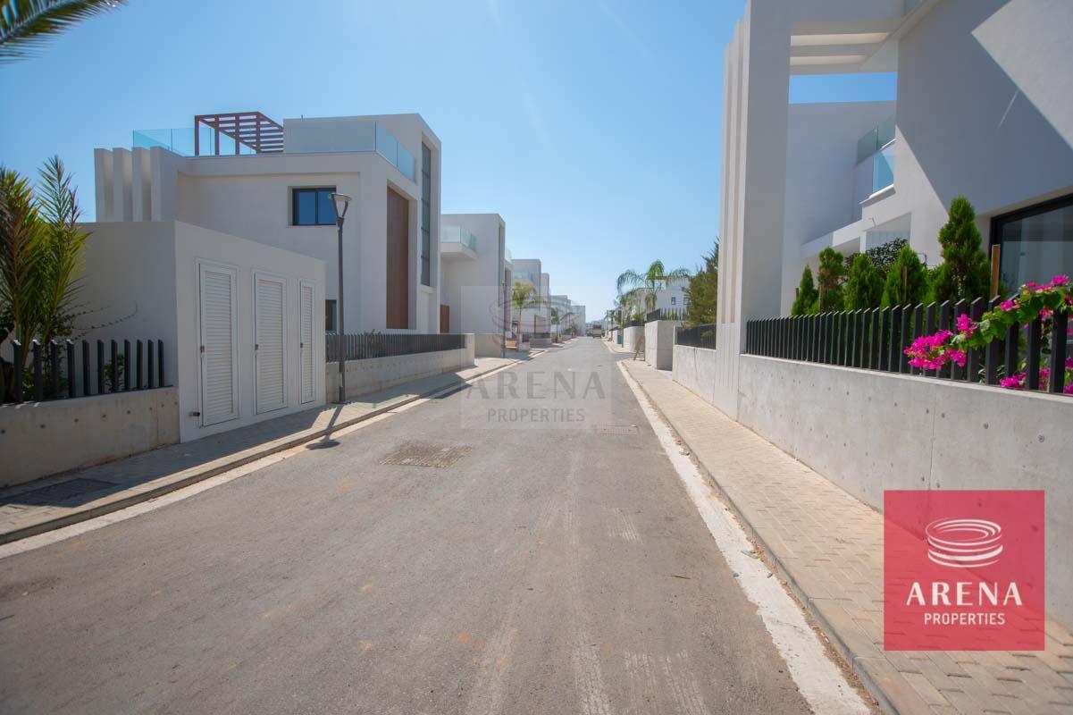Modern Villa in Protaras - new complex