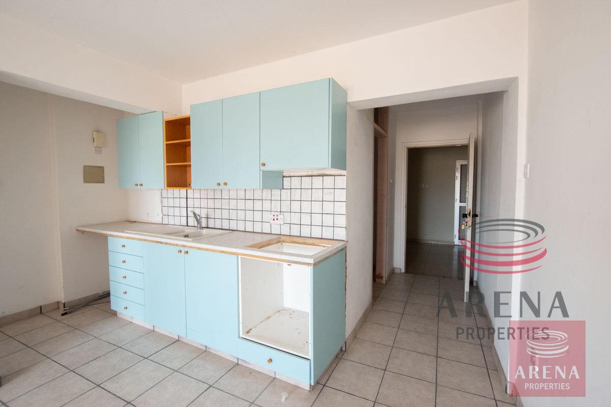 Flat in Paralimni for sale - kitchen