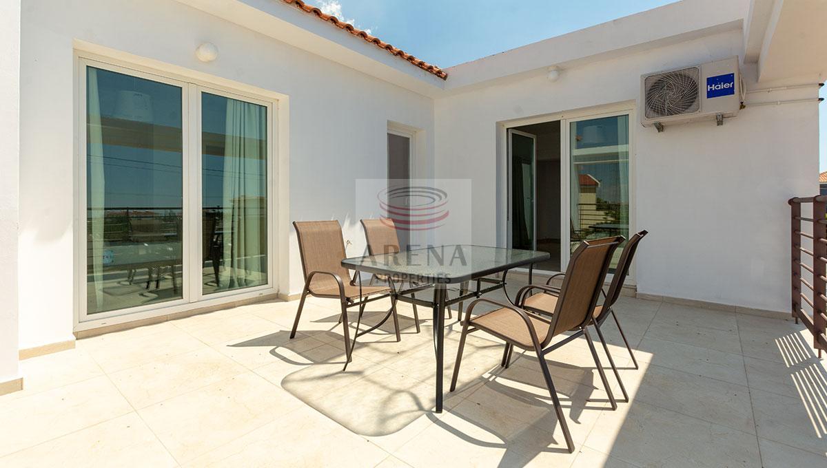4 Bed Villa in Kokkines - bacony