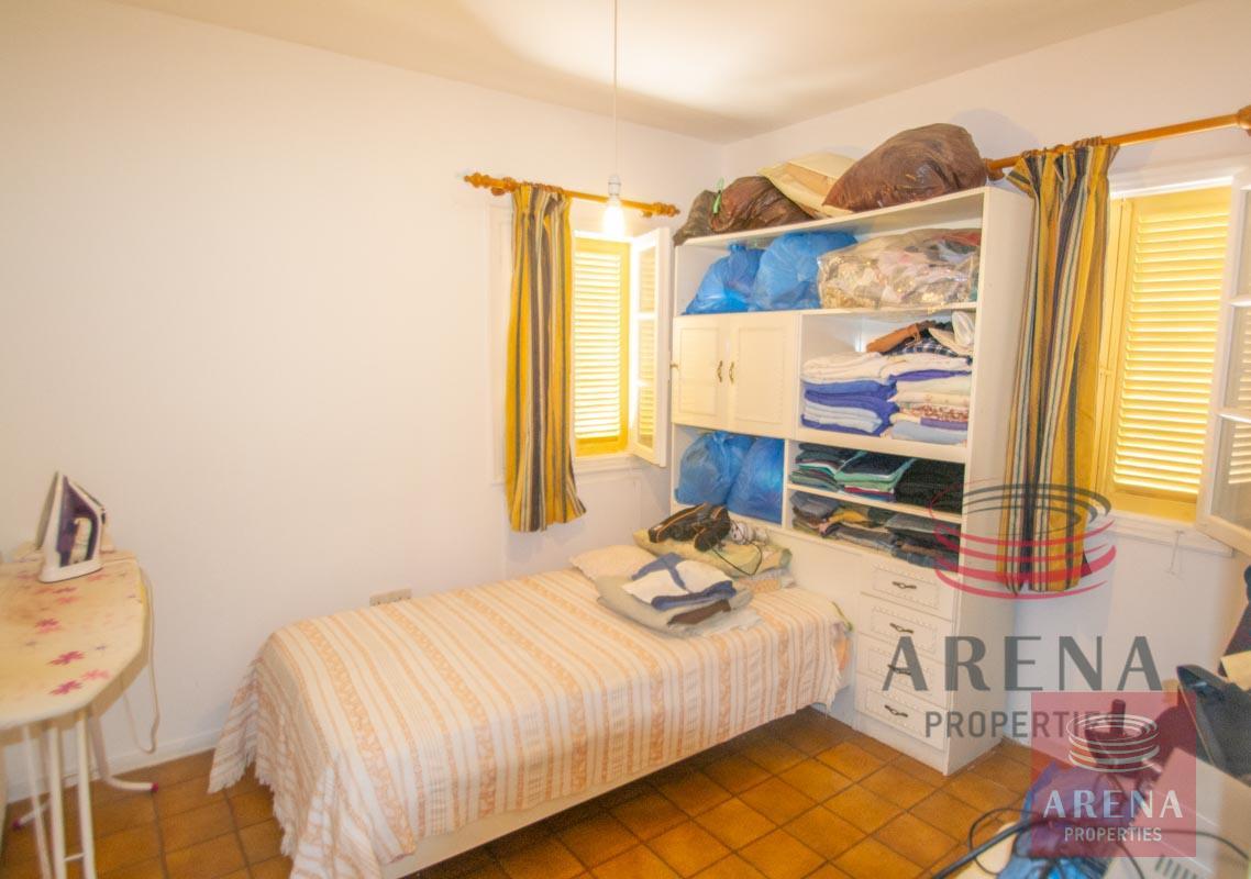 Flat in Kapparis - bedroom