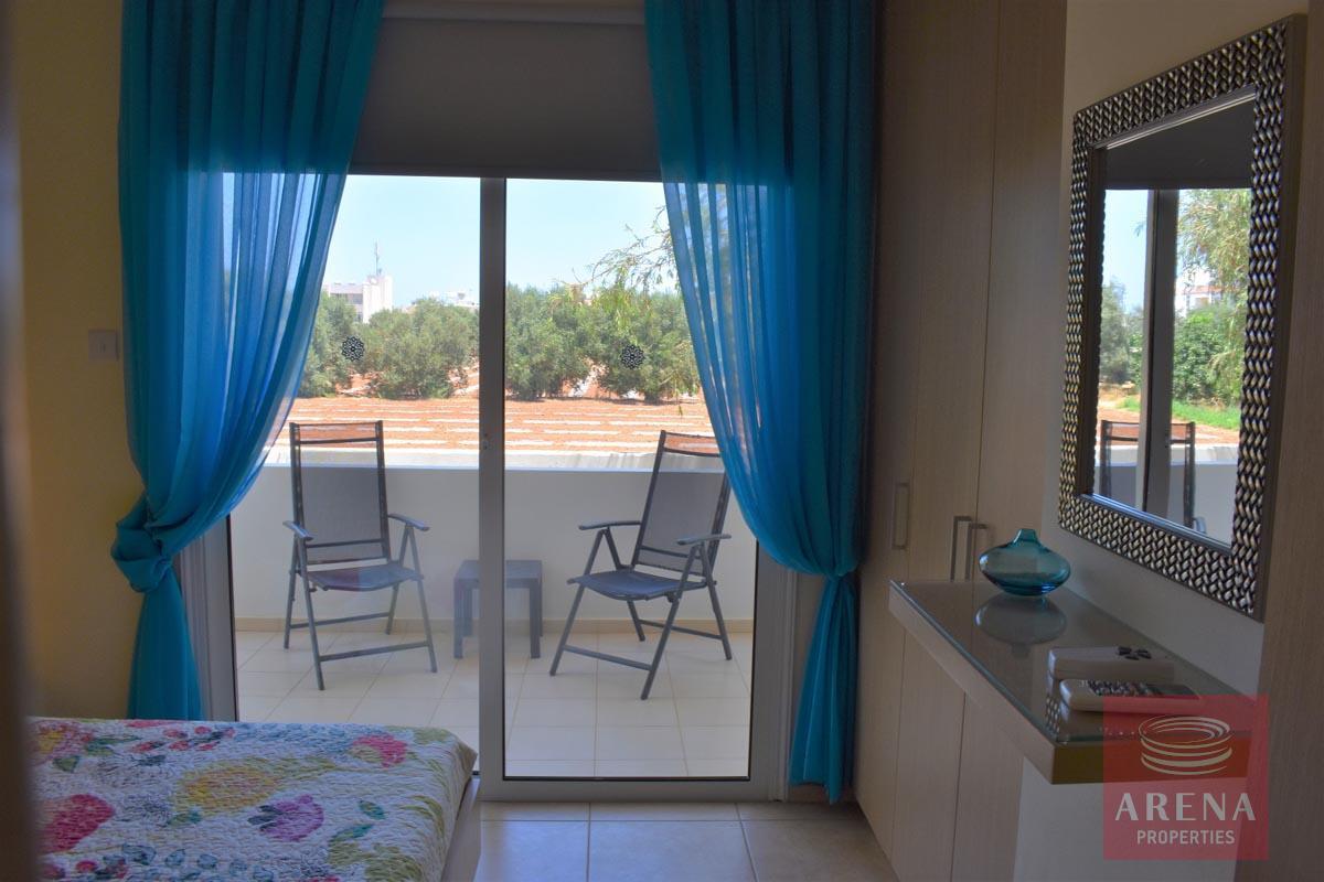 Resale apt in Kapparis for sale - bedroom