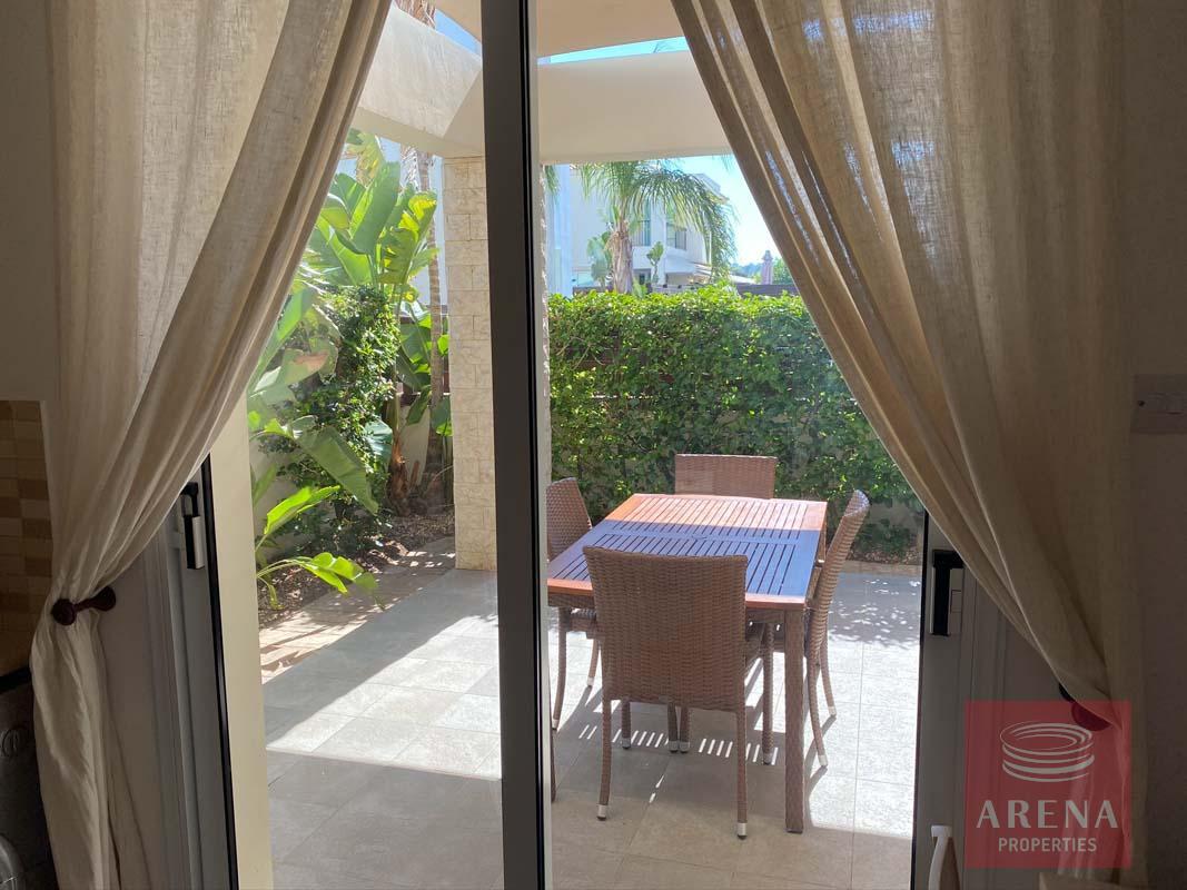 villa with deeds in Pernera - veranda