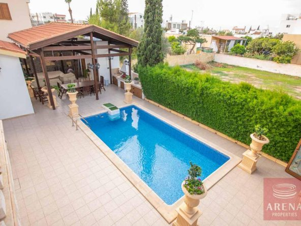 8-Villa-in-Paralimni-for-sale-5073