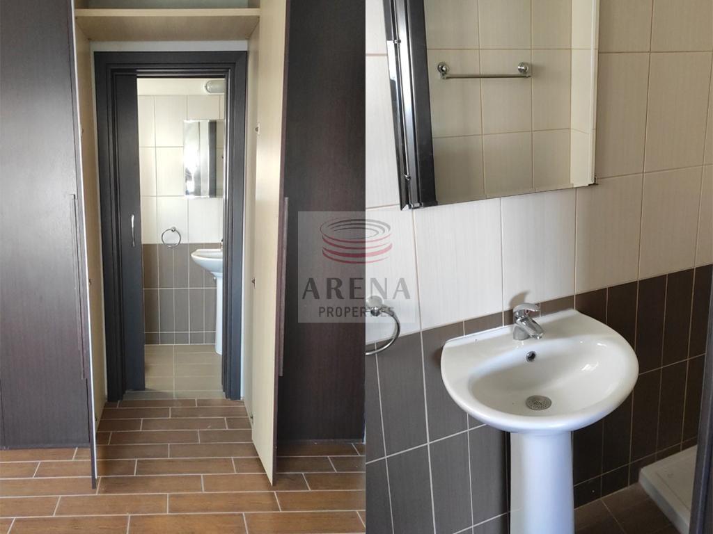 apt in chrysopolitisa - bathroom