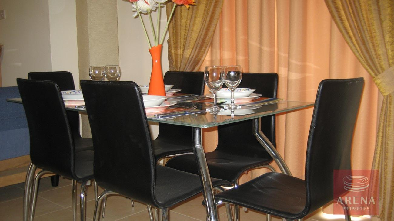 Villa in Kapparis for sale - dining area