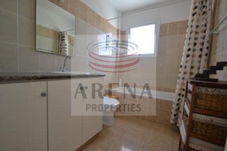 Flat in Kapparis - bathroom