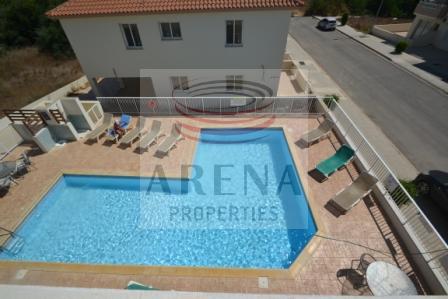 Flat in Kapparis - communal pool
