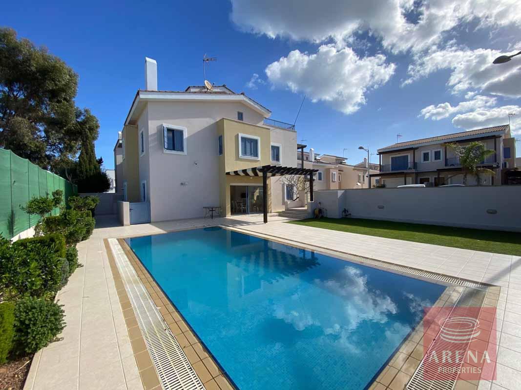 4 Bed Villa in Ayia Triada