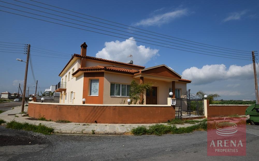 House in Liopetri
