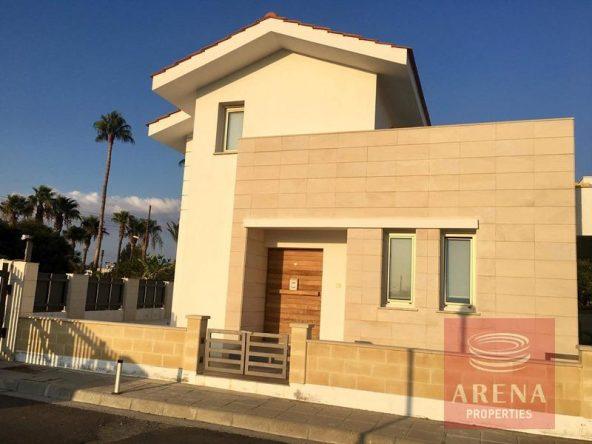 1-villa-in-dekelia-for-sale
