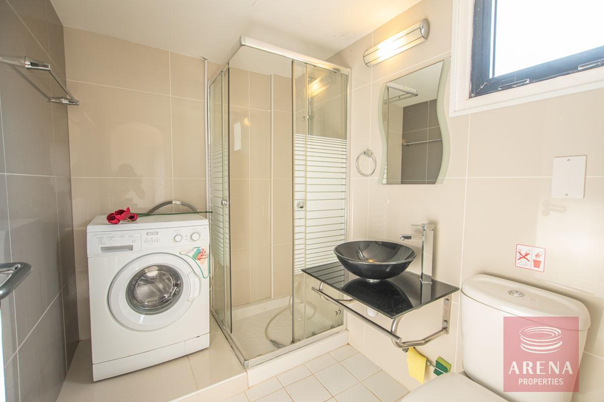 1 Bed 1st Floor Apt in Protaras - bathroom