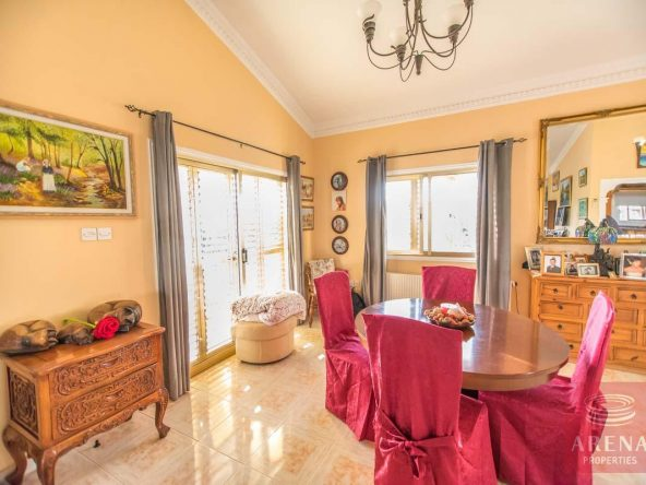 10-house-for-sale-in-achna
