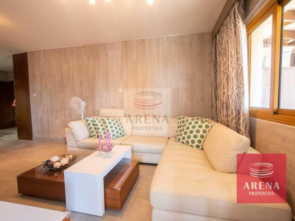 13-Apartment-in-Paralimni-5771