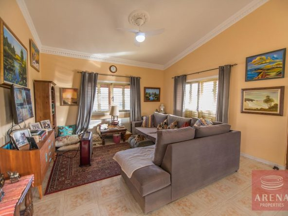 13-house-for-sale-in-achna-sittiing-area