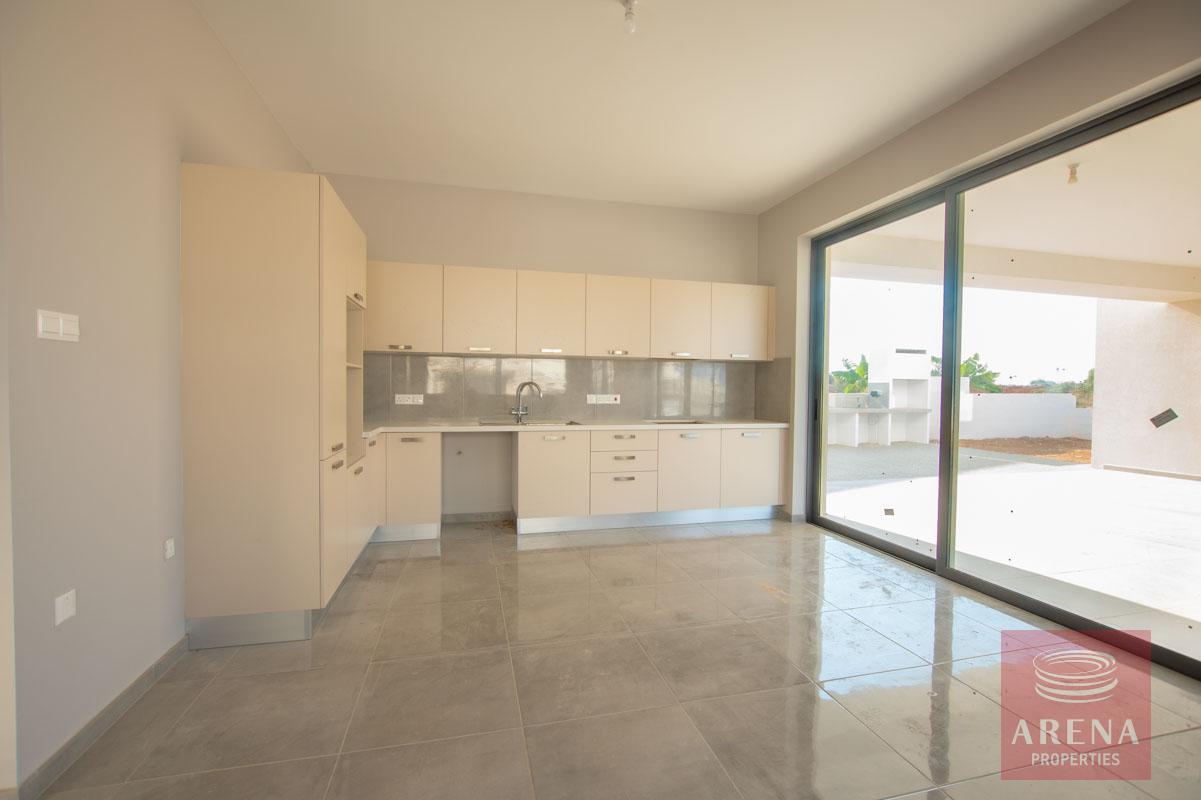 Buy villa in Pernera - kitchen