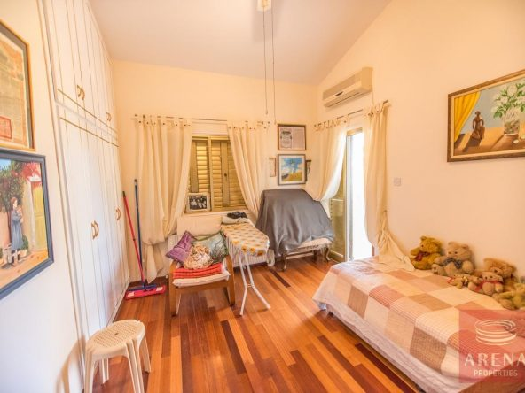 19-house-for-sale-in-achna-bedroom