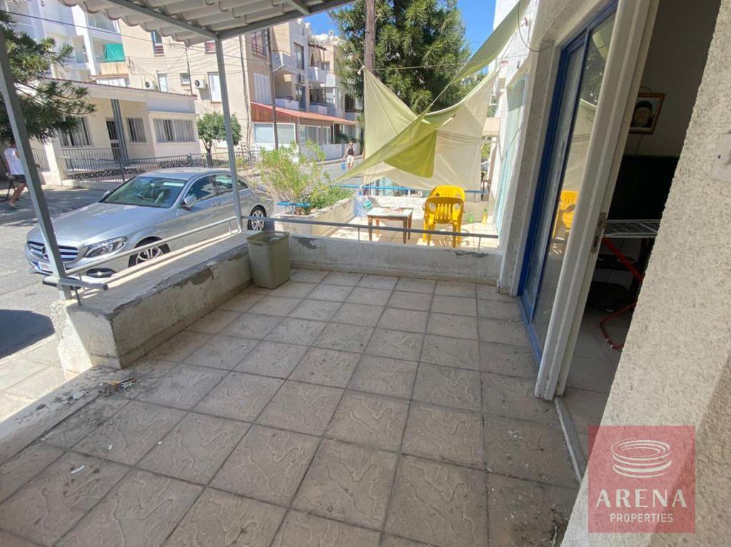 1 Bed Apartment in Makenzie - veranda