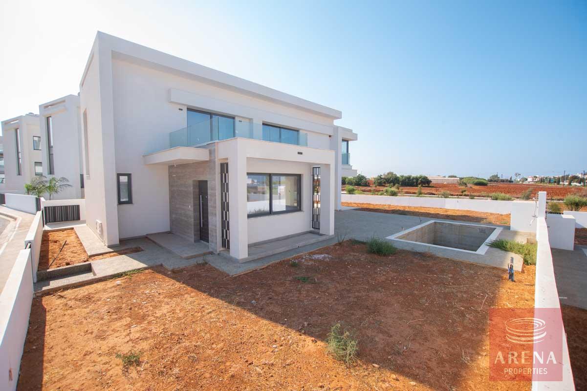 Brand New Villa in Pernera for sale